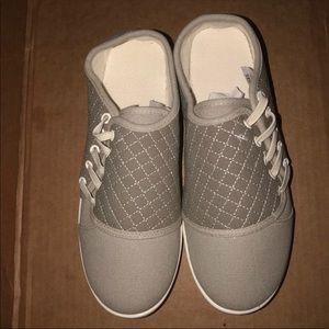 Avon side lace sneakers